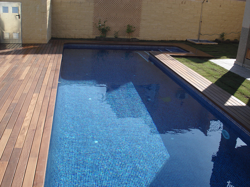 Jalaje piscinas modernas